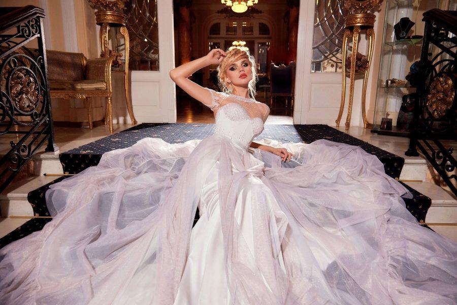 Mermaid Wedding dress with detachable train