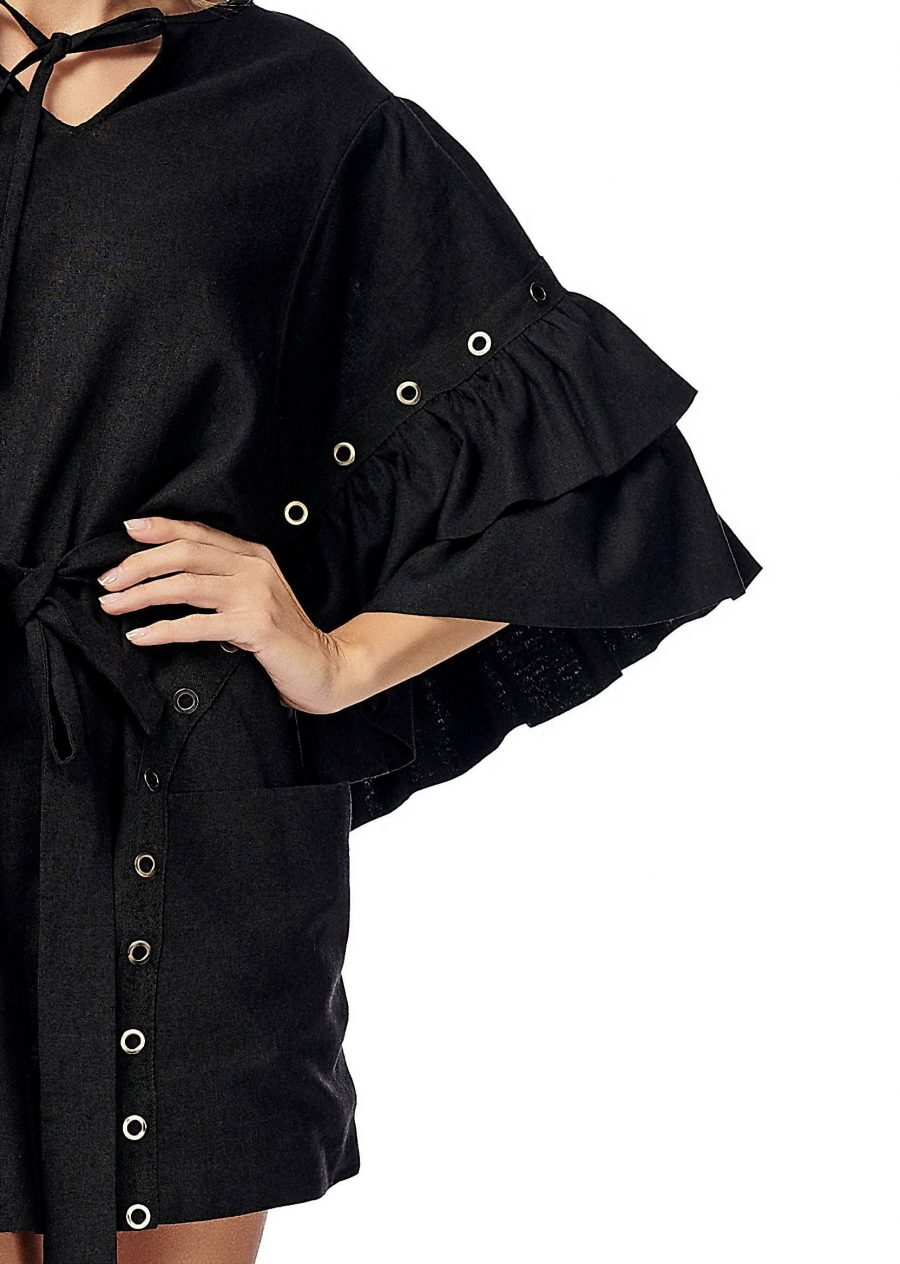 Dress with sleeves