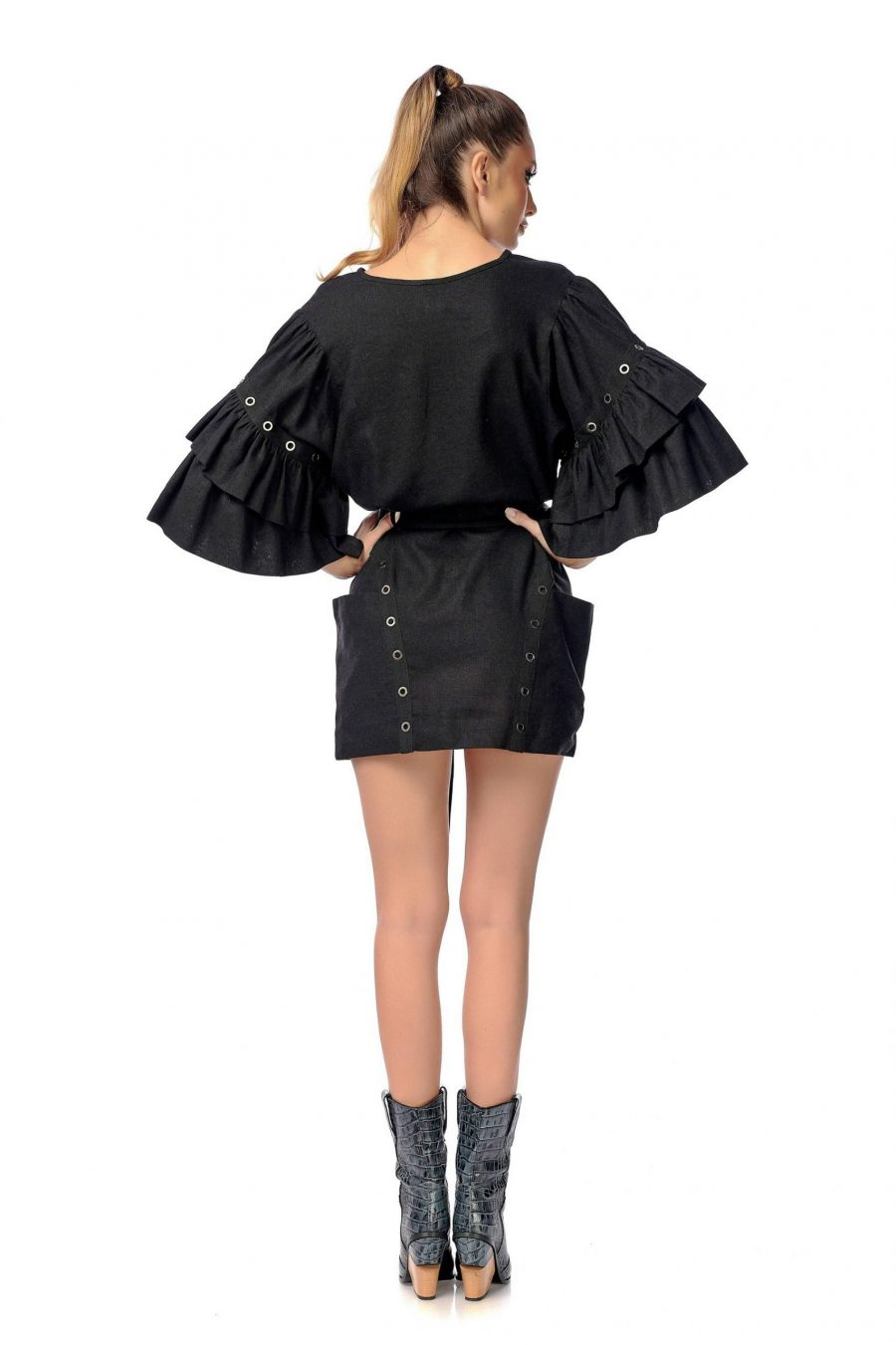 black-short-dress-with-puffy-sleeves